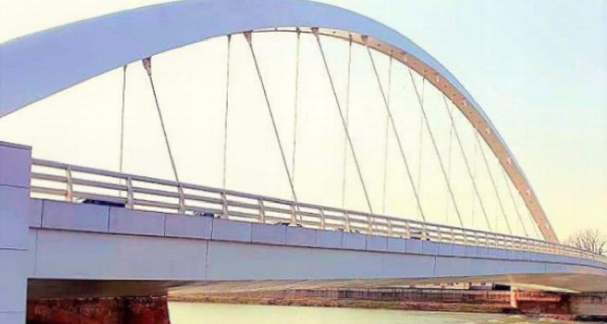 Sabato il ponte meier di Alessandria diventa giallo