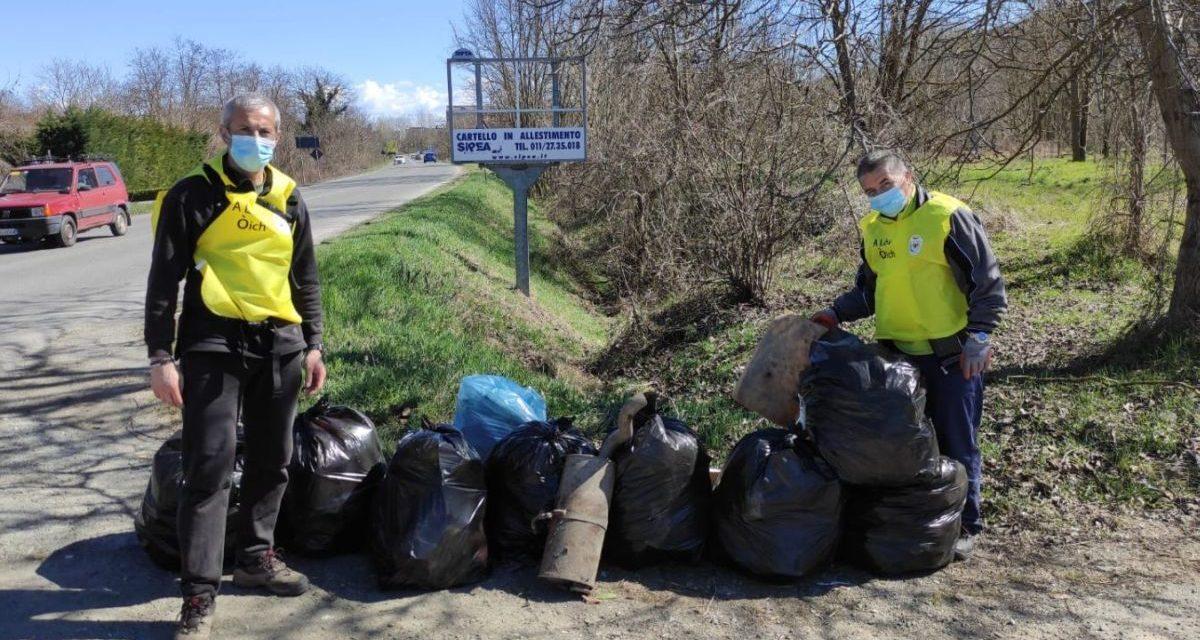 Ad Acqui Terme raccolti 250 sacchi di rifiuti abbandonati in un sol giorno