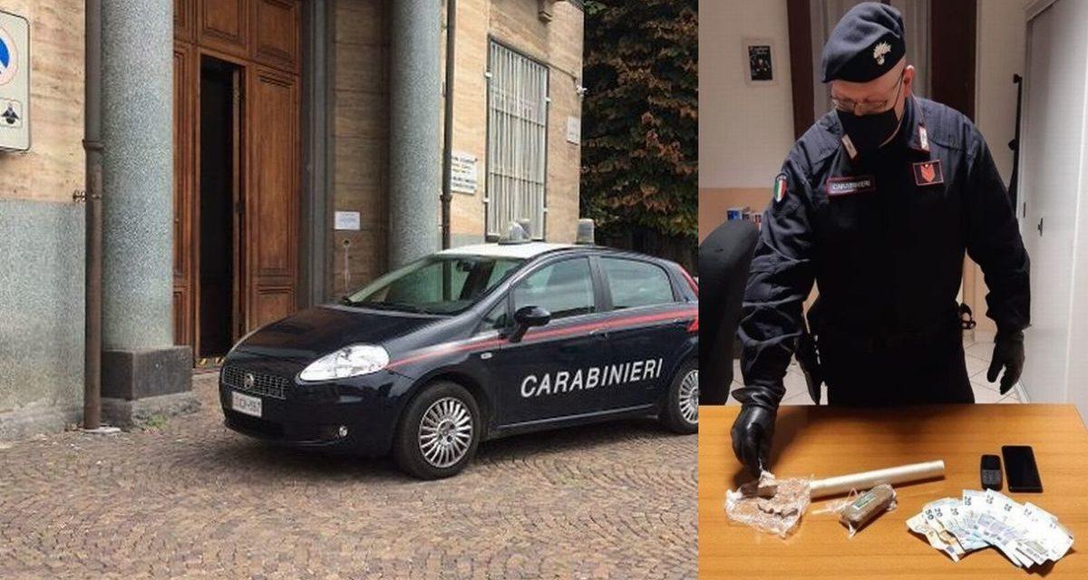 Spacciava droga al cimitero di Castelnuovo Scrivia, inseguito e arrestato