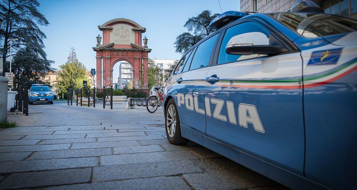 La Polizia di Alessandria arresta un ladro che spacca una vetrina
