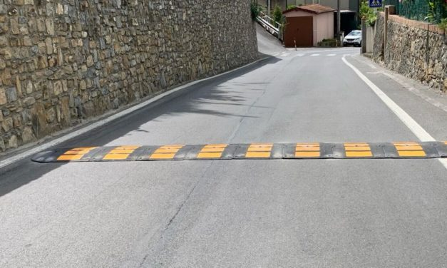 Via Pairola a San Bartolomeo, posizionato il primo dei 4 dossi stradali