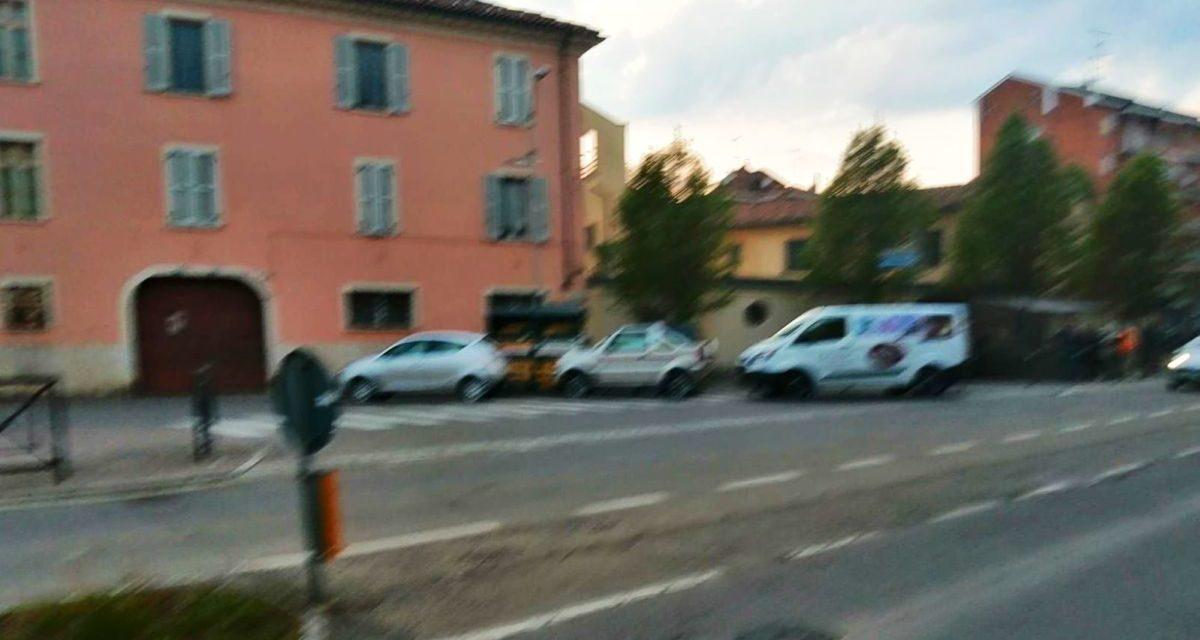 Troppi tortonesi lasciano l'auto sulle strisce, specie in Corso Don Orione