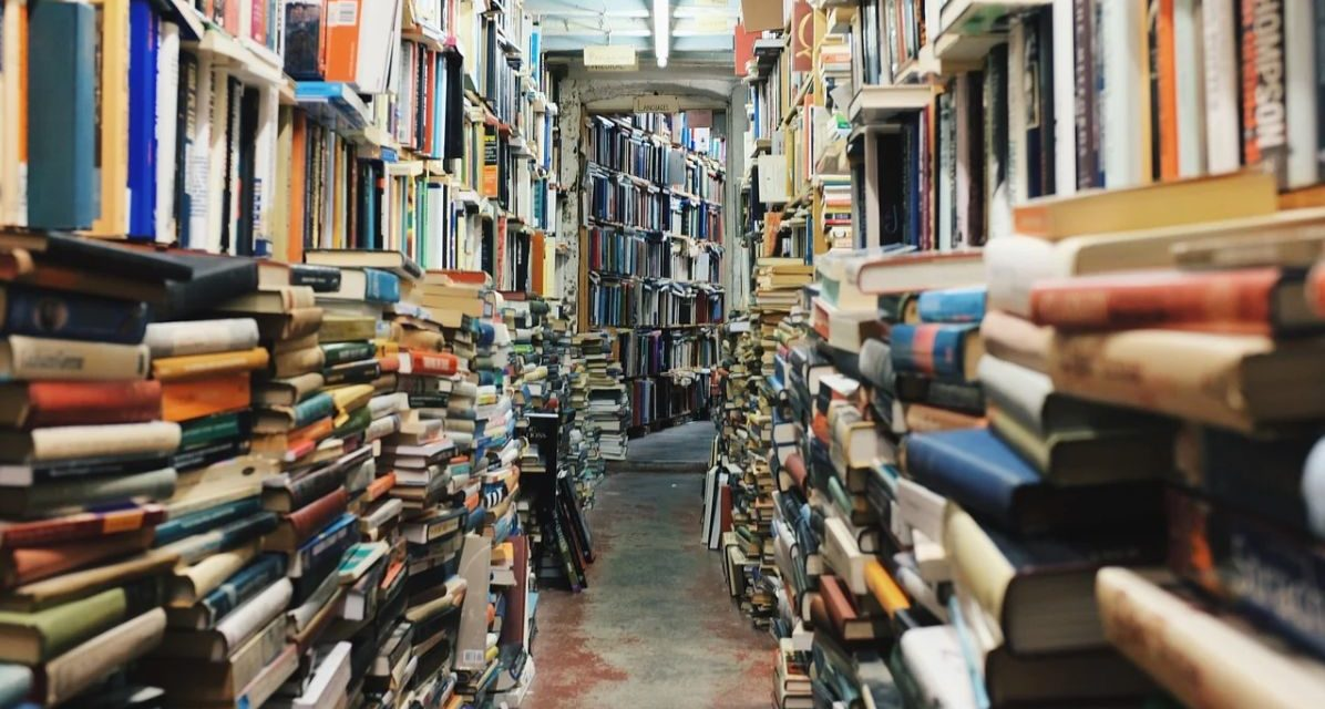 In settimana una valanga di libri invaderà Tortona e le zone limitrofe