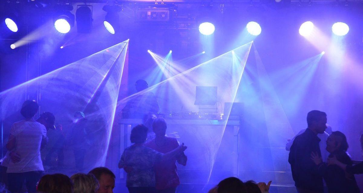 Il Cts dà il via libera alle discoteche: ecco come si andrà a ballare