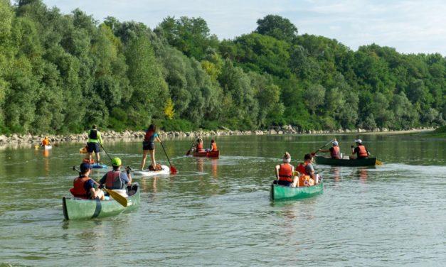 Il vescovo di Alessandria e i giovani pellegrini lungo il fiume, fino a Venezia