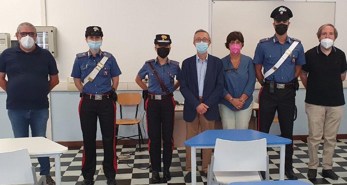 """I Carabinieri al """"Marconi"""" di Tortona. Il grazie di studenti e insegnanti"""