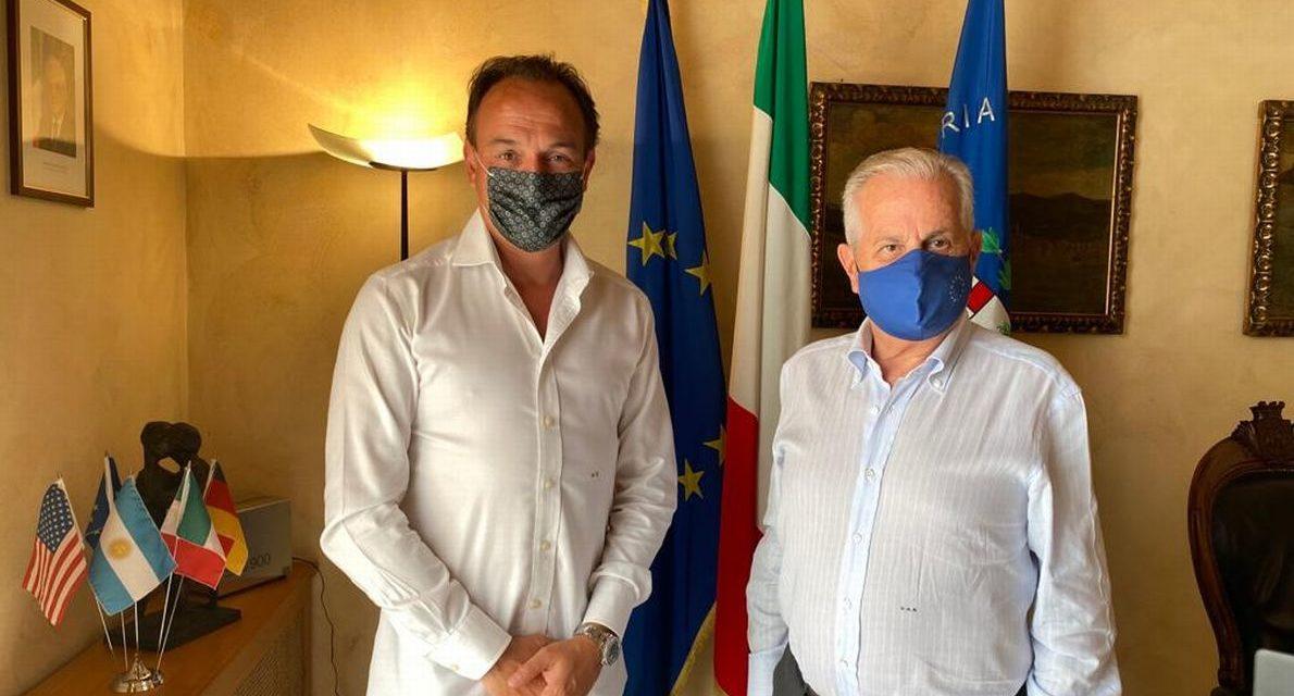 Il Presidente Cirio in vacanza a Diano Marina incontra il Sindaco di Imperia
