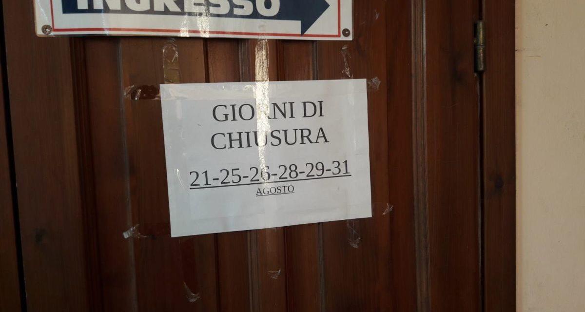 L' Asl chiude il centro vaccinazioni di Tortona senza avvisare gli utenti prenotati che si arrabbiano