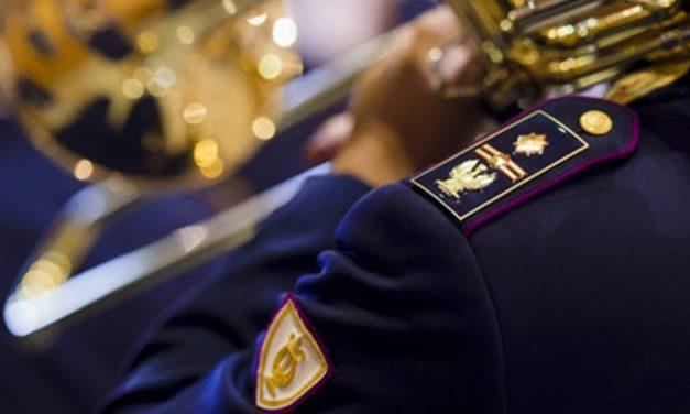 Un inno per il nuovo anno scolastico con la banda della Polizia