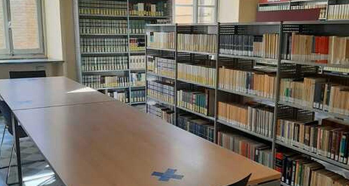 Nuove modalità di accesso alla biblioteca di Tortona, ci vuole il Green pass e…