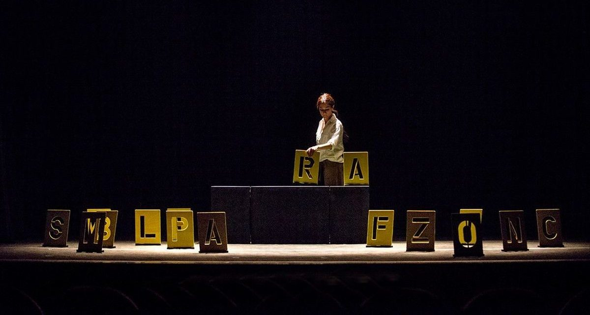 """Ad Arquata Scrivia in scena  """"Lo schifo"""" di Teatro Bresci e """"Il Re Nudo"""" di Massimiliano Loizzi"""