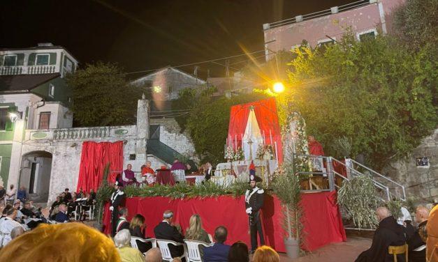 Dopo 200 anni, rinnovata la cerimonia dell'Incoronazione della Madonna a San Bartolomeo
