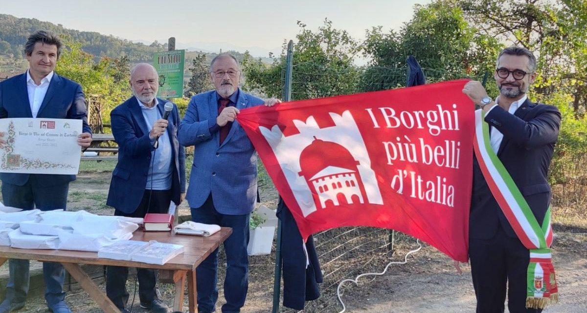 Consegnata a Vho la bandiera dei Borghi più belli d'Italia