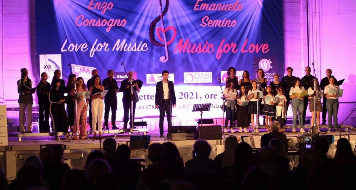 A Tortona donati oltre 2.500 euro al Cottolengo e all'autismo grazie ad una serata benefica