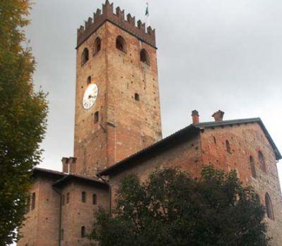 Castelnuovo Castello - I